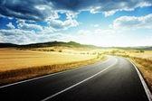 Asfalt yol toskana i̇talya — Stok fotoğraf