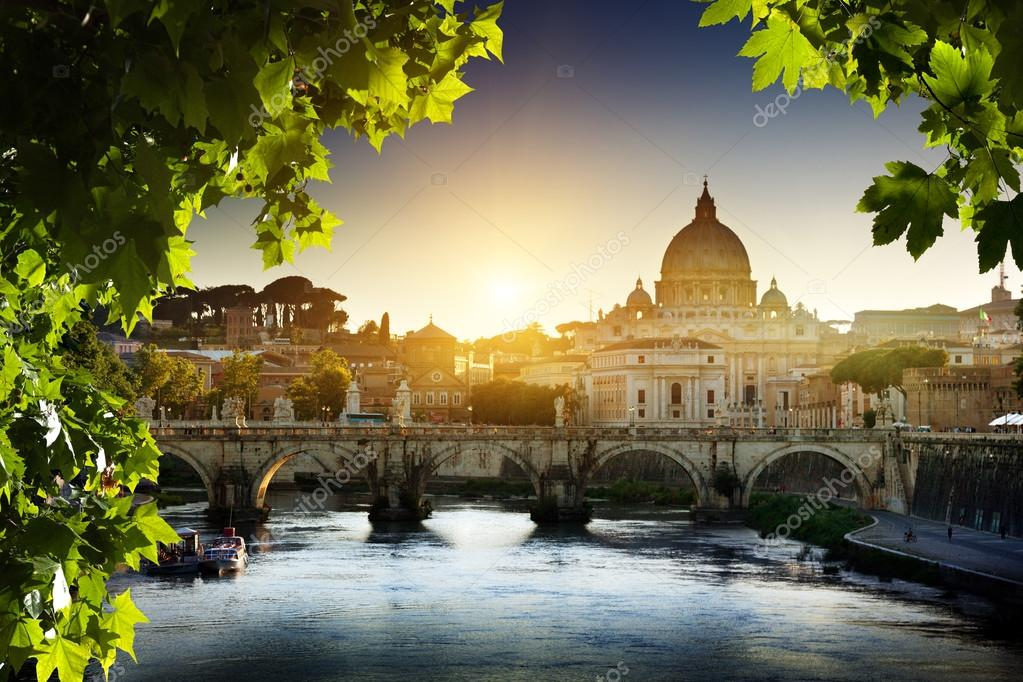 View on Tiber and St Peter Basilica in Vatican  — Stock Photo #12888464