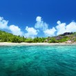 Beach and perfect sunny day, Seychelles — Stock Photo