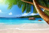 昂斯拉齐奥海滩在塞舌尔普拉兰岛 — 图库照片