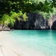 Beach of small island in Adaman sea, Krabi Province, Thailand — Stock Photo