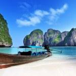 isola di Maya bay phi phi leh, Thailandia — Foto Stock #21677975