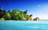 Sunset on the beach, Anse Source d'Argent, La Digue island, Seyc — Stock Photo