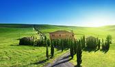 托斯卡纳风景与典型农场房子,italty — 图库照片
