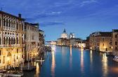 Grand canal i Bazyliki santa maria della salute, Wenecja, Włochy — Zdjęcie stockowe