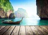 Adaman sea and wooden boat in Thailand — Stock Photo