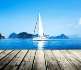 Yacht and blue water ocean — Stock Photo