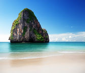 Beach in Krabi province, Thailand — Stock Photo