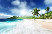 Beach at Mahe island, Seychelles — ストック写真