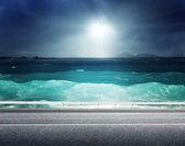 Asphalt road and sea  — Stock Photo