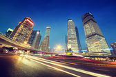 Night traffic in Shanghai Lujiazui Finance centre — Foto de Stock