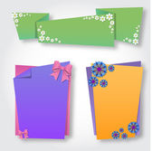 Origami notepaper folded note sheets with flowers — Stock Vector