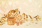 Golden chrismas background — Stock Photo