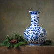 Still life with chinese vase — Stock Photo #40608093
