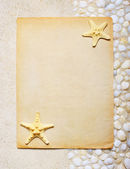 Blank sheet of paper on the sea sand for beach party — Stock Photo