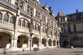 Court of honour Pierrefonds castle — Stock Photo