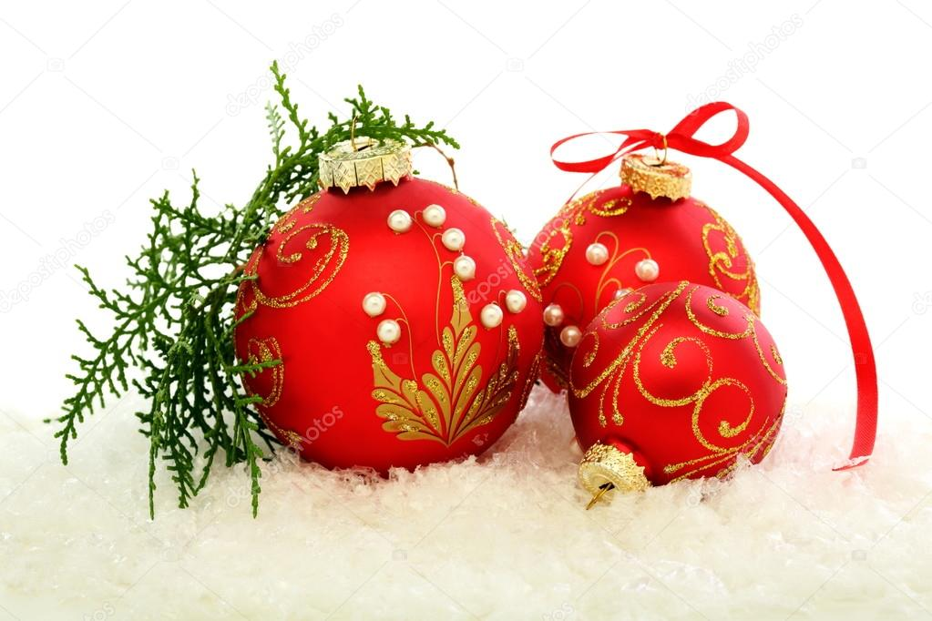 Three red Christmas ball on a white background. — Stock Photo #13979799