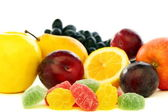 Colorful jelly and fresh fruit. — Stock Photo