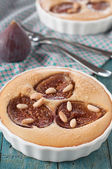 Sweet cake with fig — Stock Photo