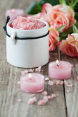 Spa with pink salt and candles — Stock Photo