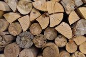 расколотые дрова — Стоковое фото