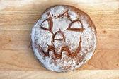 Pan con cara de halloween — Foto de Stock
