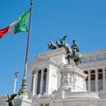 Monument to Vittorio Emanuele II. Rome, Italy — Stock Photo #18273839