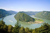 Curve of Danube River — 图库照片
