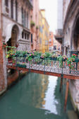 Romantic Bridge in Venice — Stockfoto