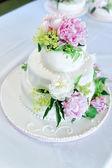 Wedding Cake with Flower Decoration — Stock Photo