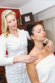 Shoulder massage in a spa salon — Stock Photo