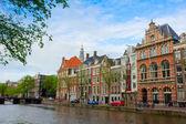 Casas antigas de amsterdam, Holanda — Fotografia Stock
