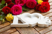 Love sign with roses — Stock Photo