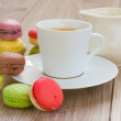 Coffee set and macaroons — Stock Photo
