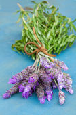 Bunch of lavender flowers on a table — Stock Photo