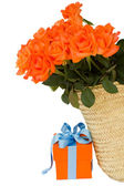 Orange roses with gift box — Stock Photo