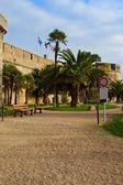 公园由城墙的法国圣马洛 — 图库照片