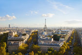 Eiffel tour and Paris skyline — Stock Photo