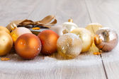 X-mas glass balls and gift box — Stock Photo