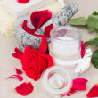 Spa settings with red roses — Stock Photo