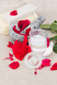 Spa settings with red roses — Стоковое фото
