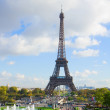 Stock Photo: Eiffel tour and fountains of Trocadero