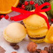 Macaroons with christmas tree and decorations — Stock Photo