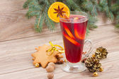 Mulled wine and gingerbread — Stockfoto