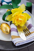 Cutlery serving for easter — Stock Photo