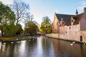 Minnewater pond and Begijnhof, Brugge — Zdjęcie stockowe
