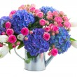 Boquet of white tulips, pink roses and blue hortensia flowers — Stock Photo