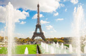 Eiffel Tower and fountains of Trocadero — Stock Photo