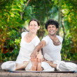 Couple yoga in India — Stock Photo