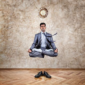 Time for yoga levitation — Stock Photo